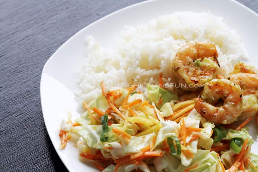 Asian Cabbage Mango Slaw | Food Fashion and Fun.