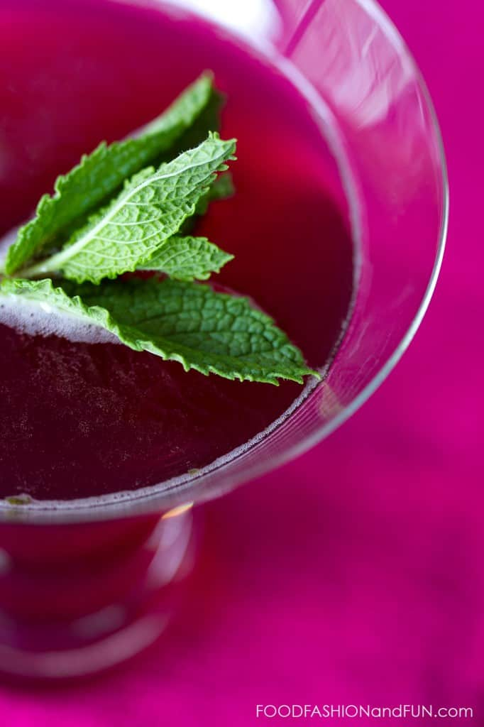 mint, blueberry juice, fruit, honey, triple sec, sparkling water, vodka, cocktail, drink, food fashion and fun