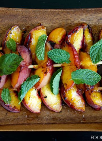 grilled peaches, mint, cinnamon and sugar, summer, food blogger, foodfashionandfun, lifestyle blogger,
