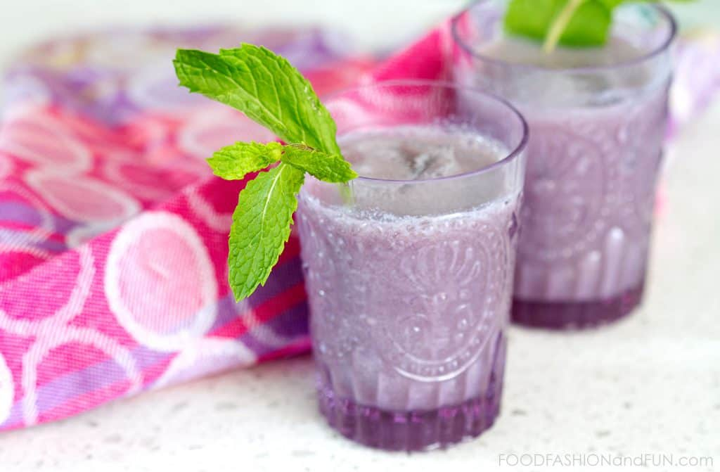 blueberry juice, bailey's irish cream,  pineapple juice, cocktail, food blogger, purple, mint, lifestyle blogger