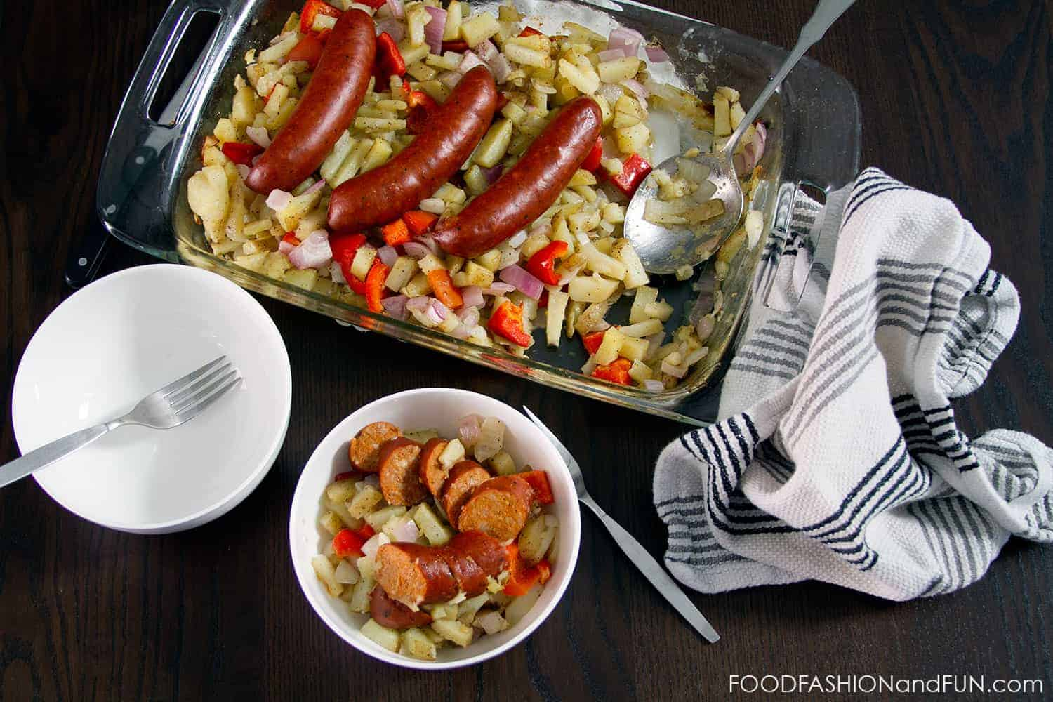 sausage, peppers, onions, food, recipe, foodfashionandfun, food blogger, lifestyle blogger