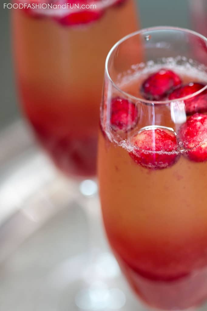 cranberry sauce, vodka, orange liqueur, champagne, drink, cocktail, food blog, lifestyle blog, foodfashionandfun