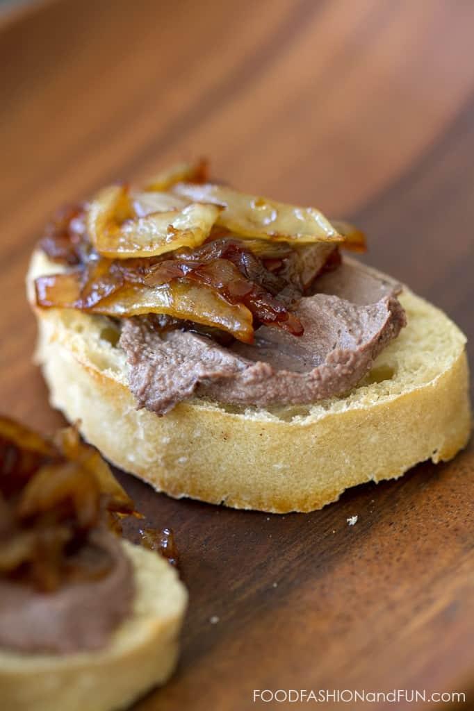 caramelized onions, pate, appetizer, toast, foodfashionandfun, lifestyle blog, food blogger
