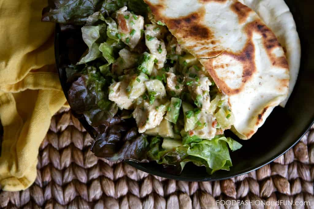 chicken, avocado, salad, pita, foodfashionandfun, food blogger, lifestyle blogger, recipe