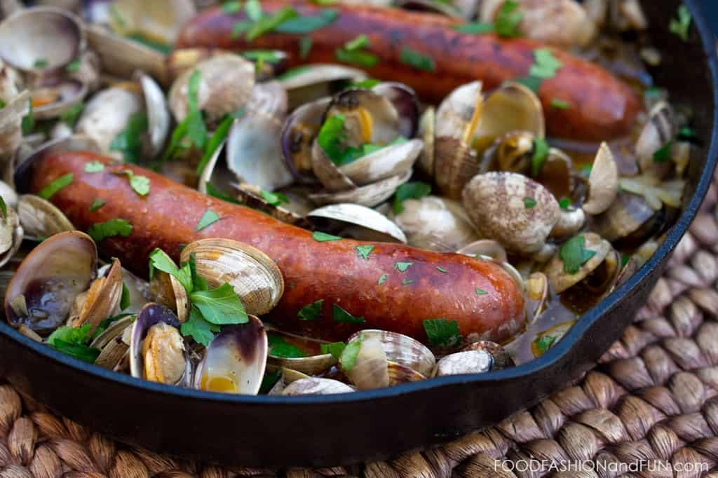 clams, chorizo, sausage, food, recipe, foodfashionandfun, food blogger, lifestyle blogger