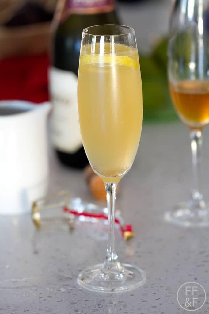 honey, lemon, simple, syrup, lavender, drink, cocktail, recipe, foodfashionandfun, lifestyle blog, food blog