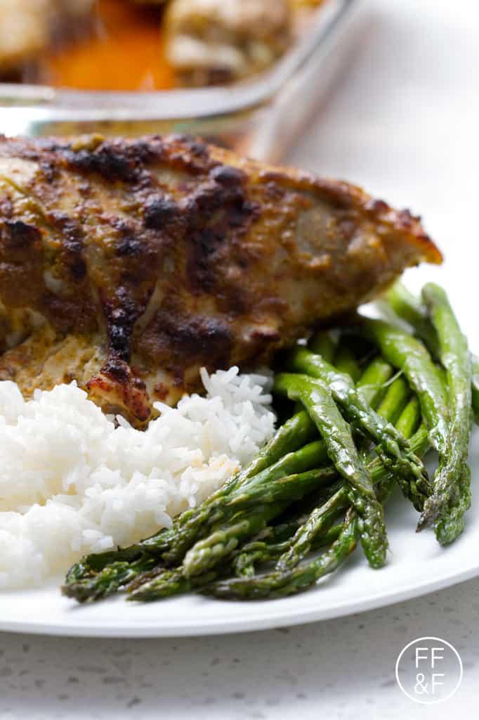 easy roasted asparagus from foodfashionandfun.com