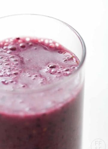 berry smoothie with driscoll's by foodfashionandfun.com