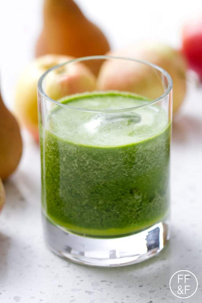 This Fruity Green Juice is packed with spinach but with the taste of fruit juice. This recipe is allergy friendly (gluten, dairy, shellfish, nut, egg, and soy free) and suits the autoimmune protocol diet (AIP), paleo and vegan diets.