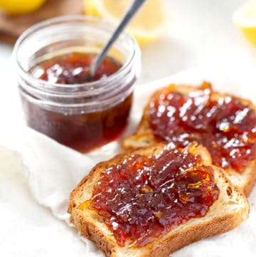 toast with Lemon Honey Marmalade on white towel